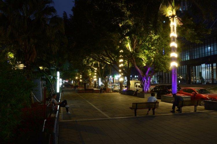 城市景观照明-深圳光明河心路沿街灯光提升工程图片